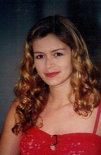 Clara Faberman Santos (Bianca Castanho)