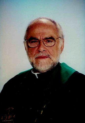 Padre Antônio (Jonas Mello)
