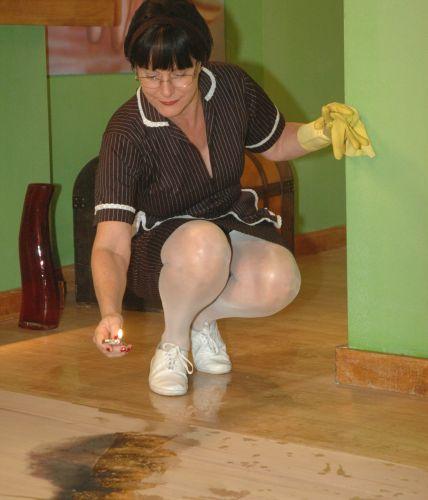 Vilma se disfarça e incendeia apartamento de Andressa
