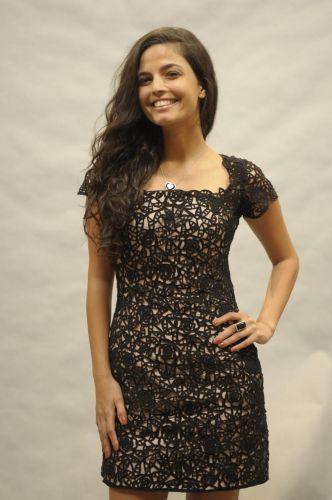 Florinda (Emanuelle Araújo)
