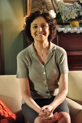Tia Neném/Anita Brandão (Ana Lúcia Torre)