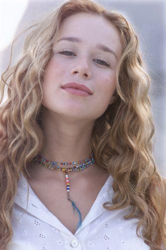 Mariana Ximenes como Bionda em