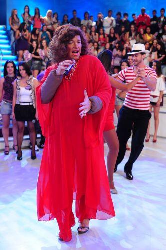 Rodrigo Faro vai se vestir de Alcione no