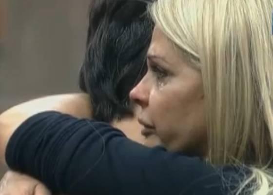 Marlon consola Monique mais uma vez(10/10/11)