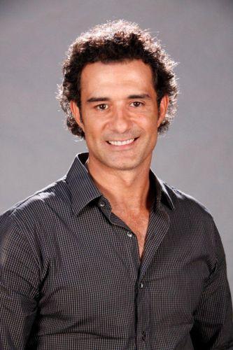 Abner (Marcos Pasquim)