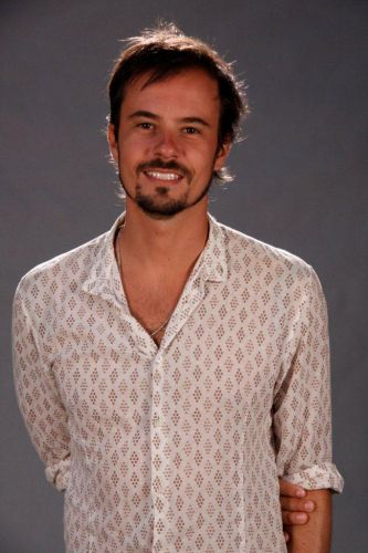 Cristiano (Paulinho Vilhena)