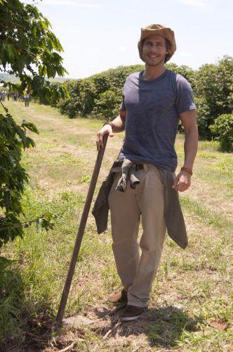Tiago (André Bankoff)