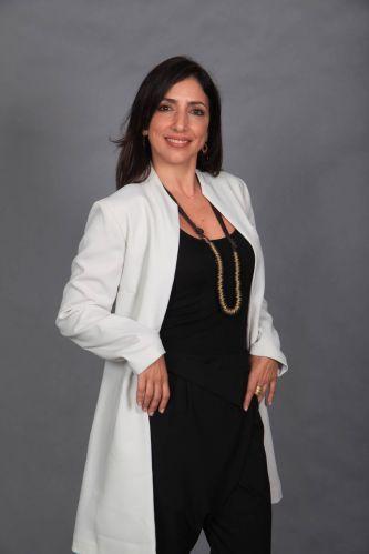 Dra. Carolina (Flavia Garrafa)