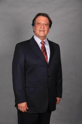 Oséas (Luís Melo)
