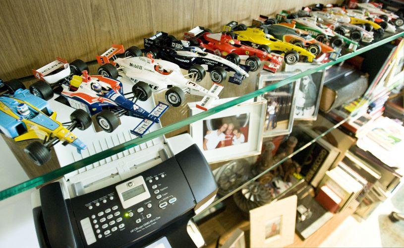 O apresentador de piloto Otávio Mesquita fala sobre a carreira na televisão e a paixão pelo automobilismo (12/5/2011)