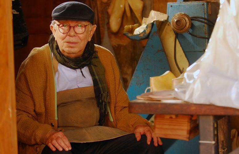 Nonno Benedetto (Emiliano Queiroz)