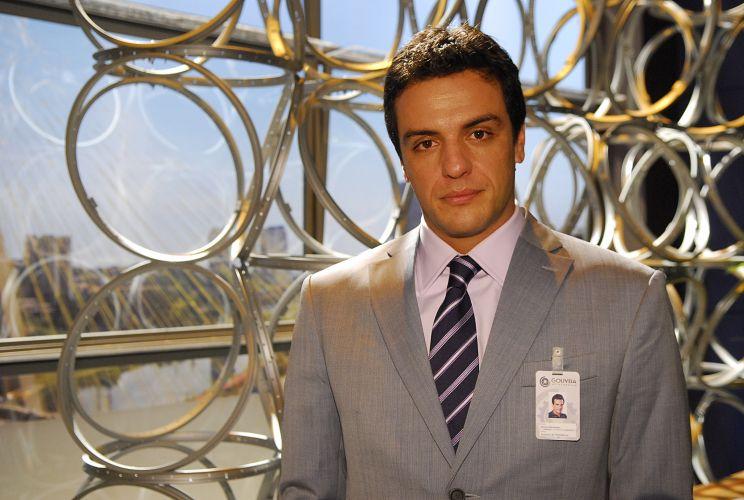Mauro Santarém (Rodrigo Lombardi)