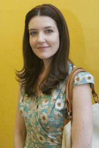 Felícia Lobato (Larissa Maciel)