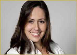 Adriana pediu para deixar a competição e foi demitida por Roberto Justus