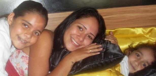 Jakeline, 22 anos, estudante de Zootecnia, da Bahia, em foto do Facebook (20/11/11)