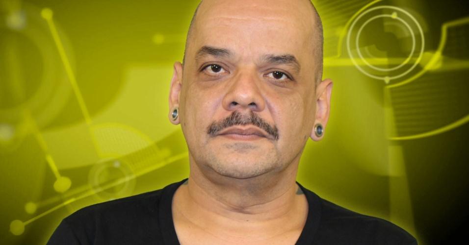 João Carvalho, 46 anos, representante comercial, participante do BBB 12 (jan/2012)