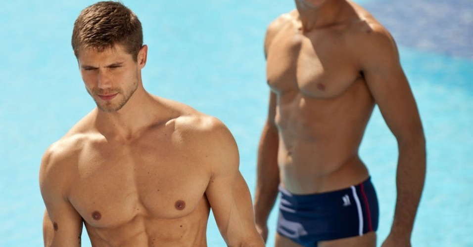 Jonas Sulzbach é modelo e já apareceu em diversas campanhas de moda praia