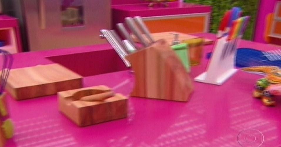 """Detalhe da cozinha do """"BBB12"""" (10/1/2012)"""