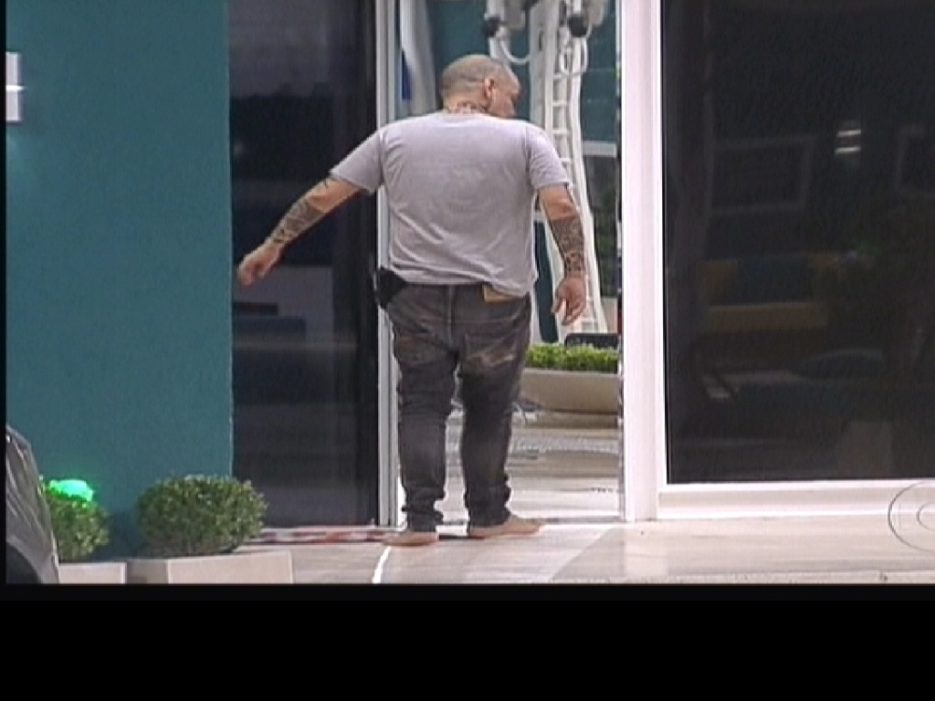 João Carvalho é o primeiro a desistir da prova