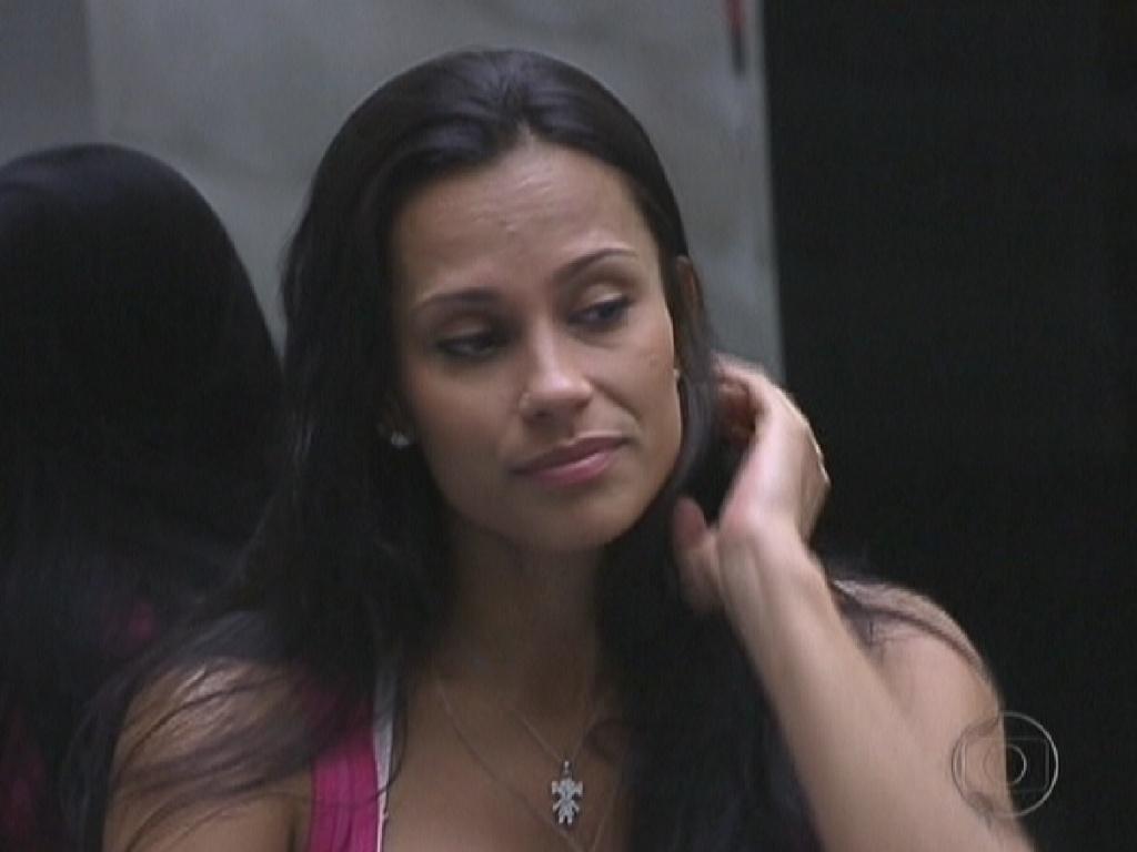 Kelly escolheu cinco participantes para não participarem da prova do líder (12/1/2012)