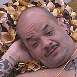 João Carvalho conversa com Laisa no quarto do líder (13/1/12)