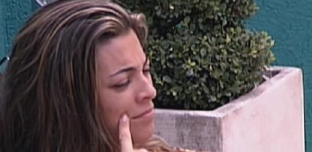 Monique conta aos brothers que roubou uma cebola para não passar fome em Lisboa (13/1/12)