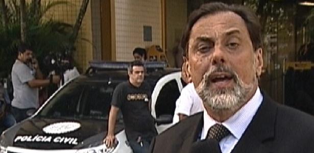 """O repórter André Luiz Azevedo, da Globo, relata no """"Jornal Nacional"""" o andamento das investigações da polícia no caso da suspeita de estupro no """"BBB12"""""""