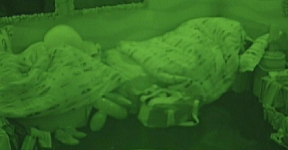Brothers continuam dormindo na manhã desta quarta-feira (18)