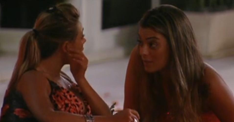 Monique desabafa com Fabiana sobre Rafa(18/1/12)