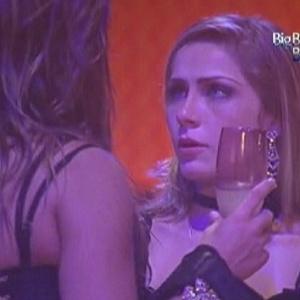 Renata decide que não ficará mais com Jonas (21/1/12)