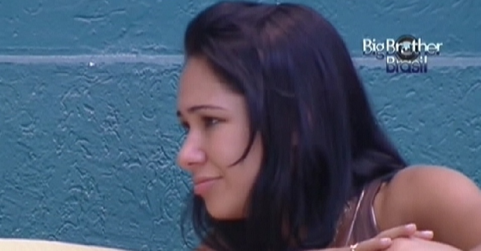 Jakeline ouve conselhos de Fabiana sobre seu comportamento (24/1/12)