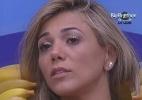 """""""Parece que eu levei um murro na cara"""", diz Fabiana, lamentando a eliminação de Jakeline - Reprodução/TV Globo"""