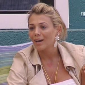 Fabiana conversa com Rafa sobre a prova do Líder desta quinta (26/1/12)