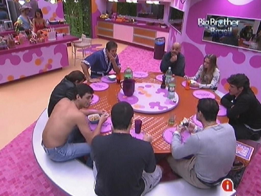 Brothers jantam sopa preparada por João Carvalho (27/1/12)