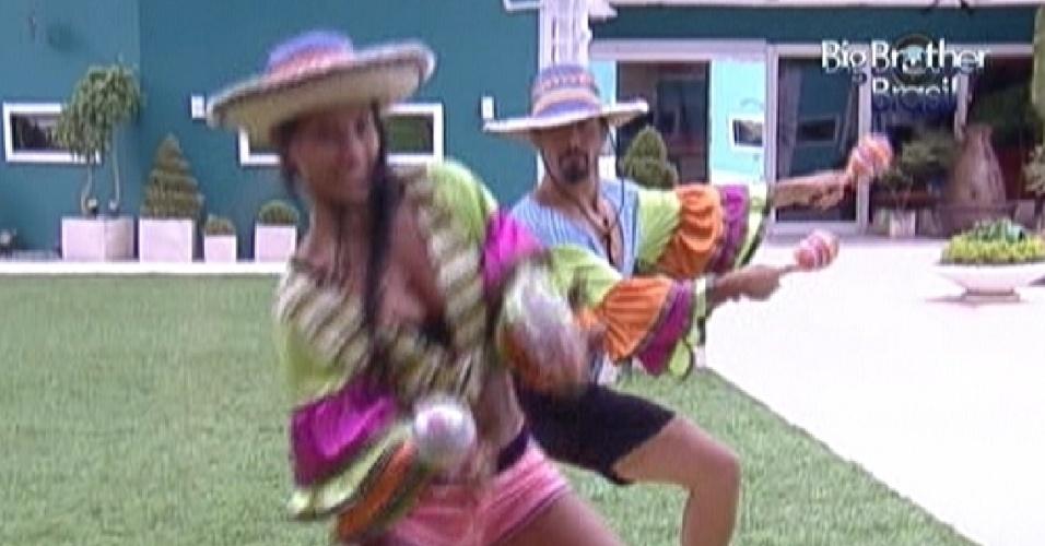 Kelly e Yuri dançam vestido de mariachis para pagar castigo do monstro (27/1/12)
