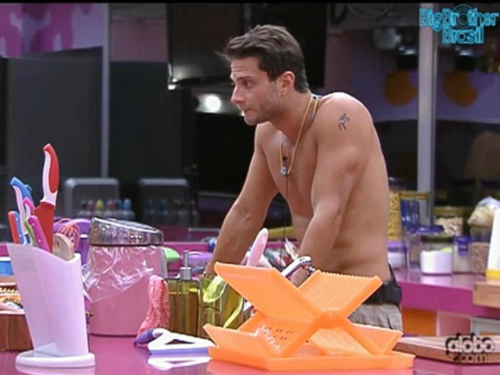 Ronaldo conversa com Renata sobre Jonas (27/1/12)