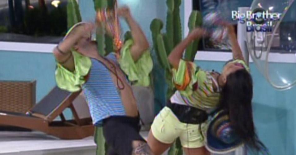 Yuri e Kelly fazem coreografia para pagarem o castigo do monstro (27/1/12)