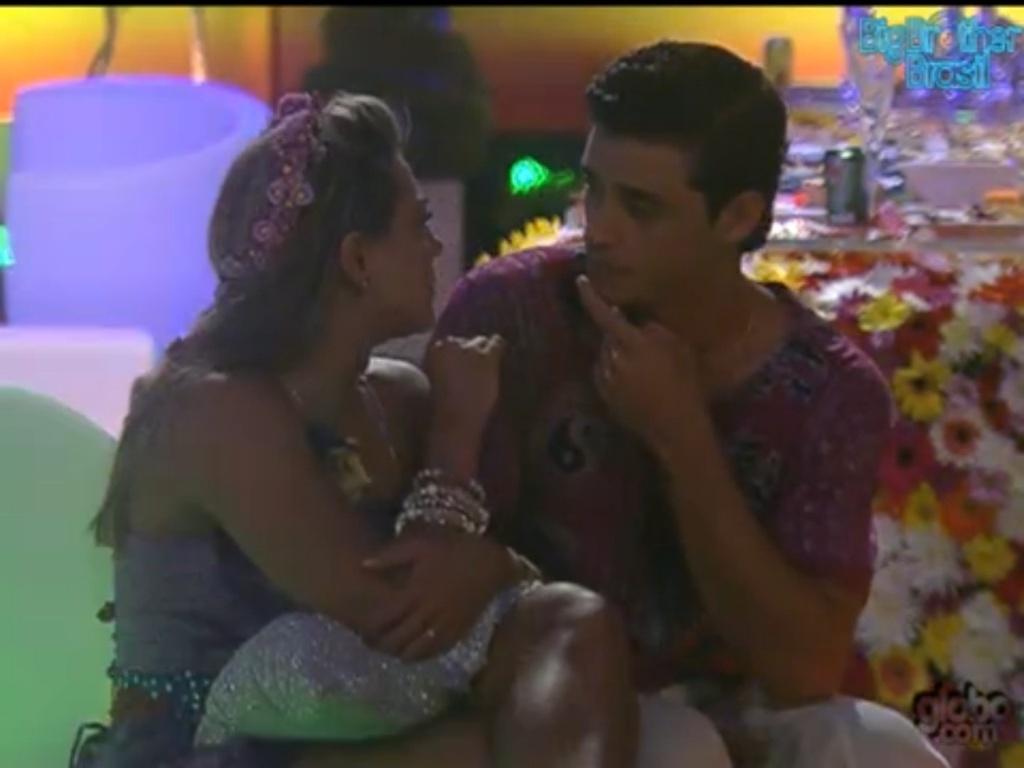 Fabiana aconselha Fael sobre Rafa (28/1/12)