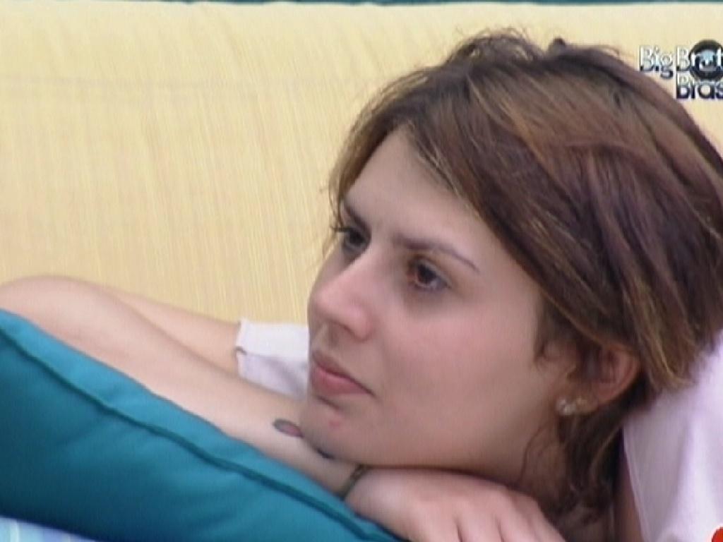 Mayara conversa com João sobre expectativas do paredão (31/1/2012)