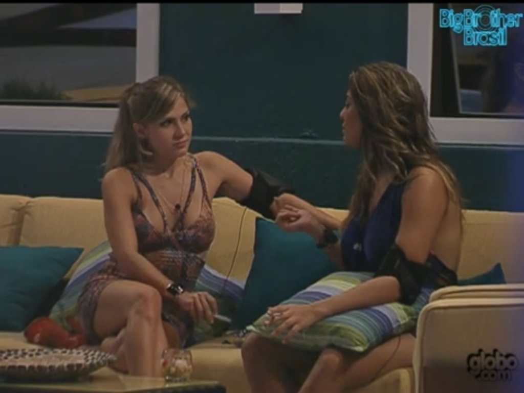 Monique assume que dormiu com Daniel (1/2/12)