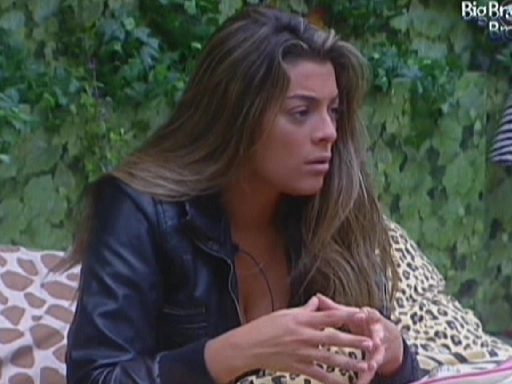 Monique diz que já sabe em quem vai votar no próximo paredão (2/2/2012)