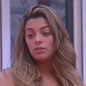 Monique reclama de Jonas para João Carvalho e Renata (3/2/2012)