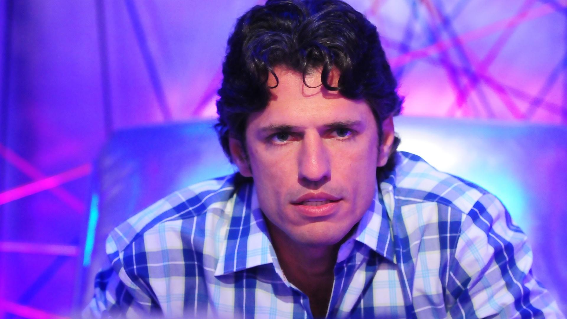 João Maurício vota em Ronaldo (5/2/2012)