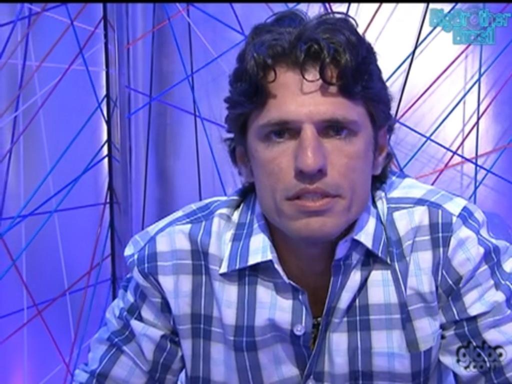 João Maurício vota em Ronaldo (5/2/12)