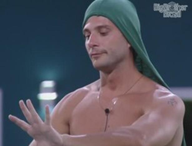 Ronaldo conversa com Renata e João Carvalho sobre formação de paredão (5/2/12)