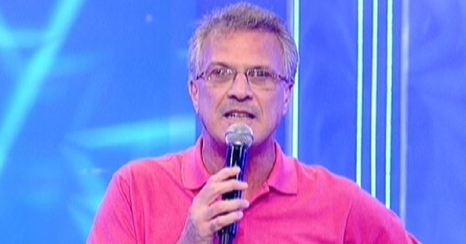 """Pedro Bial apresenta a quarta eliminação do """"BBB12"""" (7/2/12)"""