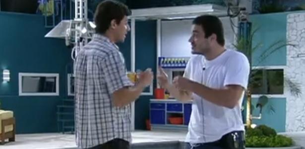 Rafa tira satisfação com Fael e diz que veterinário pode indicá-lo ao paredão (7/2/12)