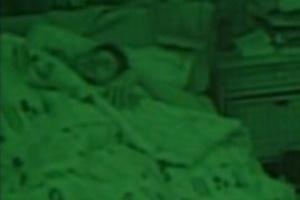 Confinados dormem após noite de eliminação (7/2/12)