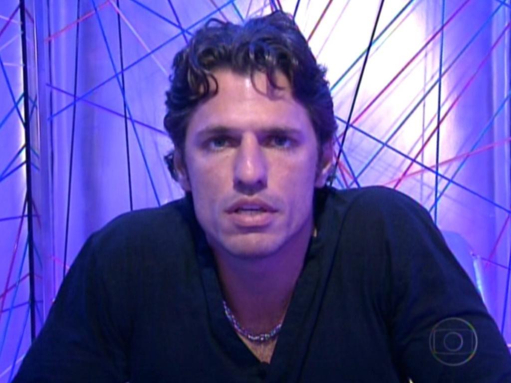 João Maurício votou em João Carvalho neste domingo (12/2/12)