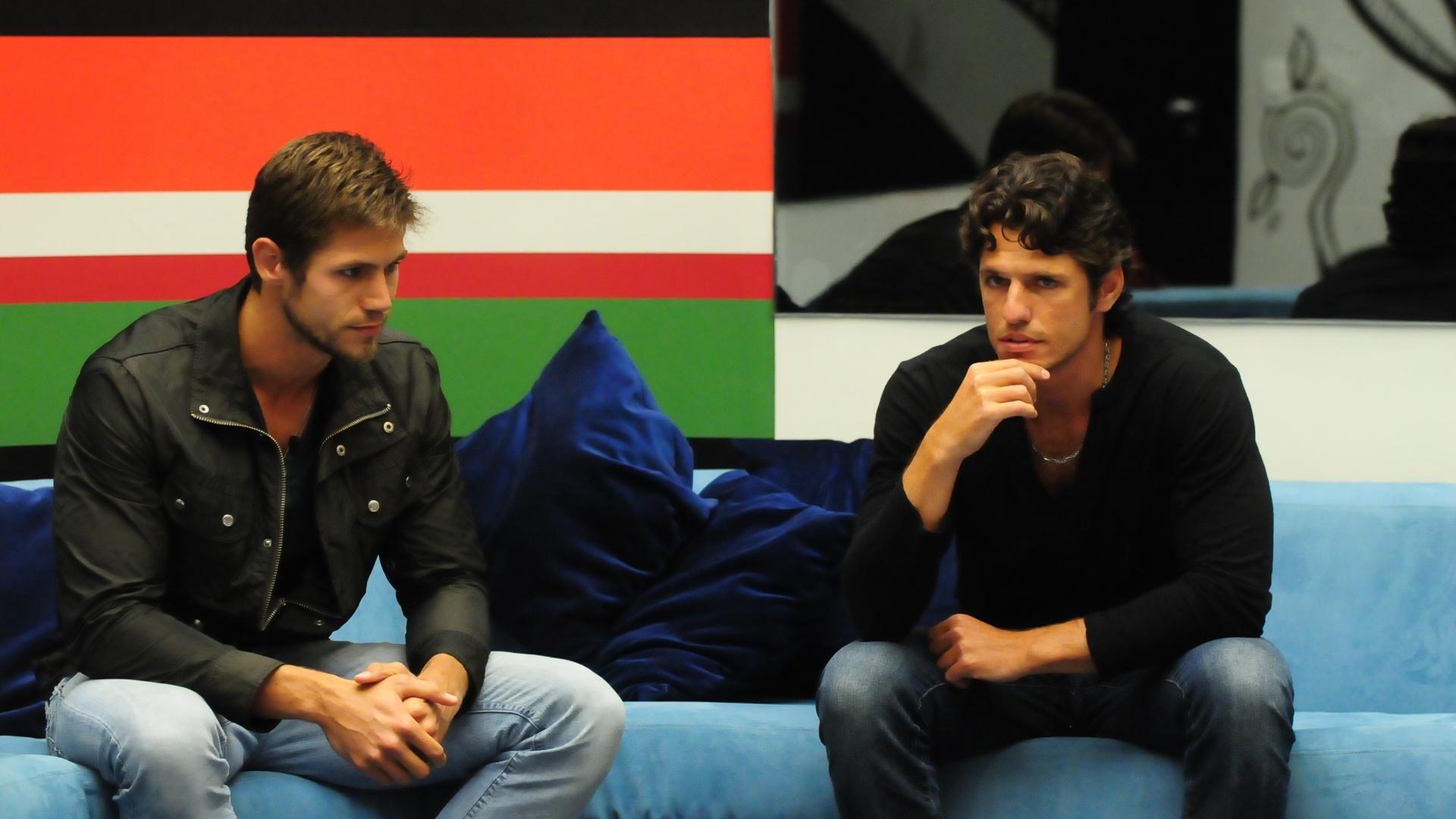 Jonas e João Maurício disputam o quinta paredão com Jonas (12/2/12)